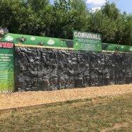 York Maze - Traversing Wall